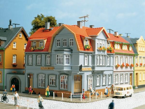 Auhagen 12249 H0/TT-Modellbausatz, Eckhaus