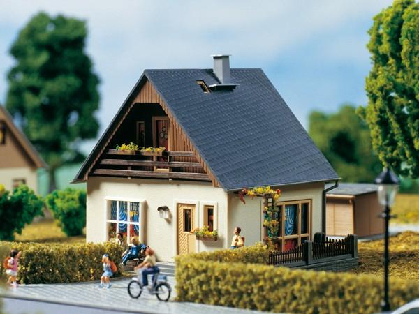 """Auhagen 11378 H0-Modellbausatz, """"(Einfamilienhaus) - Haus Gabi"""""""