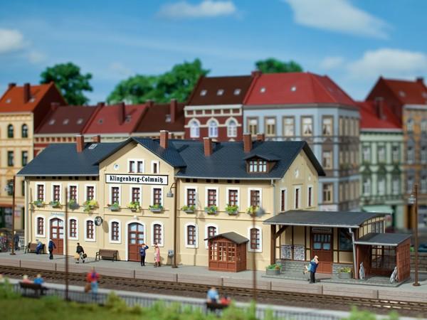 "Auhagen 11346 H0-Modellbausatz, ""Bahnhof Klingenberg-Colmnitz"""