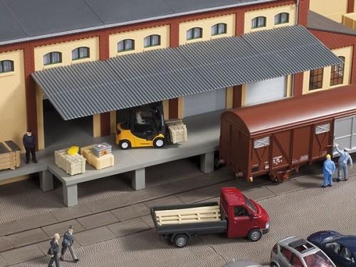 Auhagen 80254 H0-BauKastenSystem / Bauteile: Rampe mit Dach