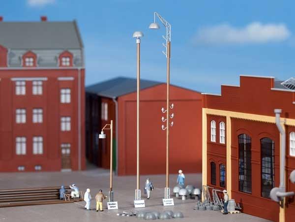 Auhagen 42554 H0/TT-Ausgestaltungs-Zubehör, wie Pilz-, Ausleger- und Straßenlampenattrappen