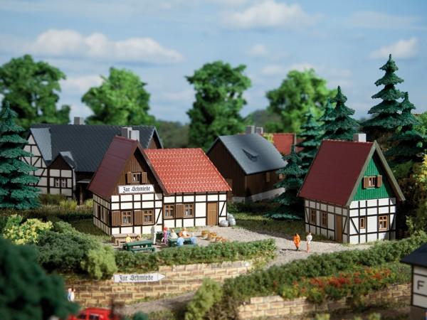 Auhagen 14457 N-Modellbausatz, Gasthaus zur Schmiede