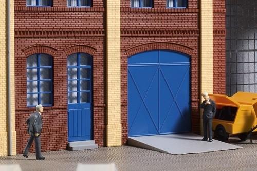 Auhagen 80255 H0-BauKastenSystem / Bauteile: Tore und Türen blau, Stufen, Rampen