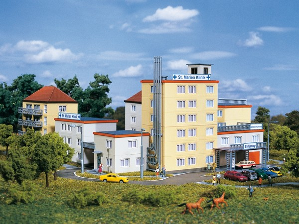 Auhagen 14466 N-Modellbausatz, St. Marien Klinik