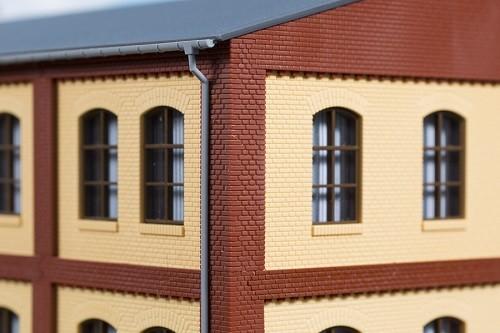 Auhagen 80414 H0-BauKastenSystem / Bauteile: Ecksäulen Obergeschoss rot