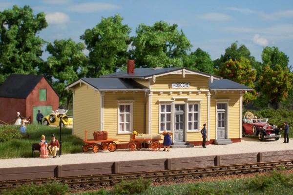 Auhagen 11449 H0-Modellbausatz, Bahnhof Norgens