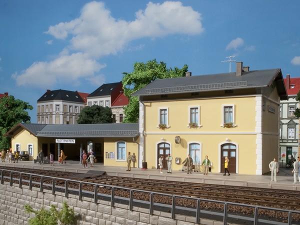 """Auhagen 11369 H0-Modellbausatz, """"Bahnhof Pottenstein"""""""