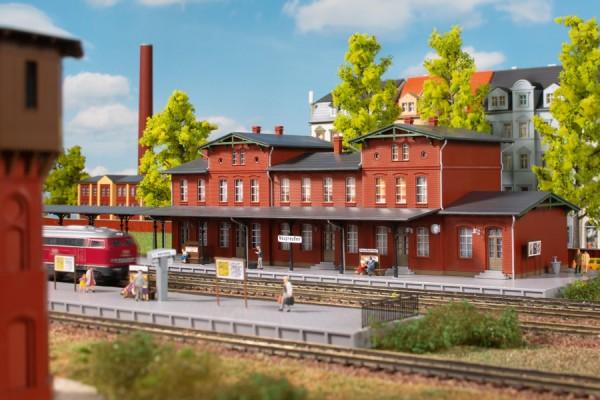 Auhagen 14485 N-Modellbausatz, Bahnhof Neupreußen