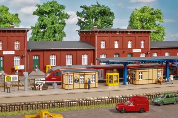 Auhagen 13343 TT-(Modellbausatz)/Ausgestallung, Bahnhofsausstattung, ab der Epoche II