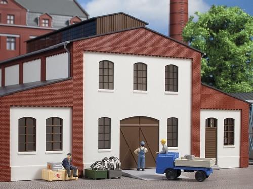 Auhagen 80718 H0-BauKastenSystem / Bauteile: Wände 2391E geputzt, Industriefenster L