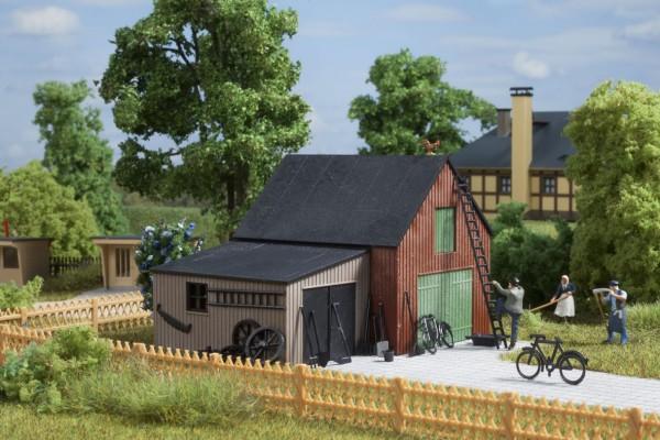 """Auhagen 11408 H0-Modellbausatz, """"Lagerschuppen mit Garage"""""""