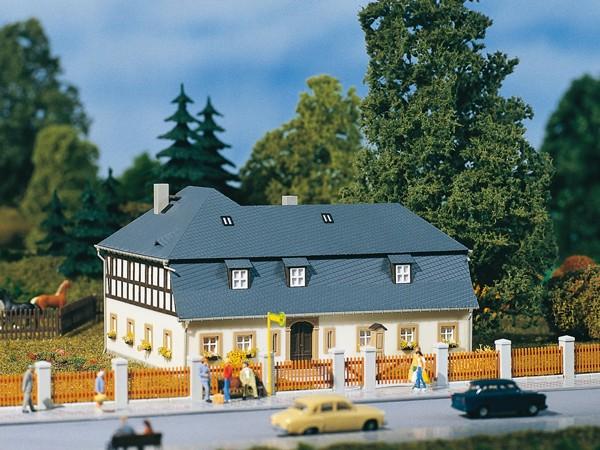 Auhagen 13306 TT-Modellbausatz, Wohnhaus Mühlenweg 1