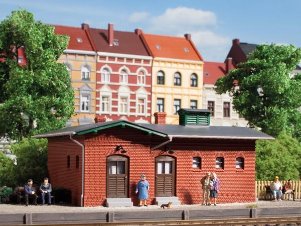"""Auhagen 11384 H0-Modellbausatz, """"Bahnhofstoilette"""""""