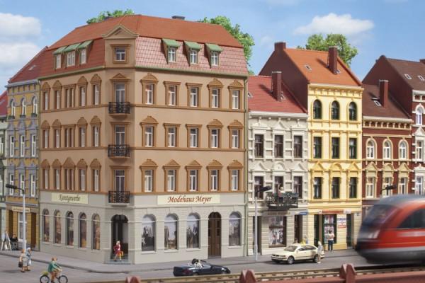 Auhagen 11447 H0-Modellbausatz, Eckhaus Schmidtstraße 10