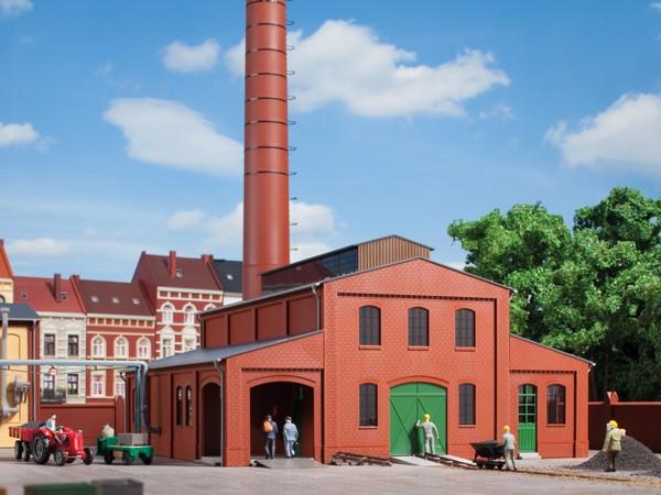 Auhagen 11431 H0-Modellbausatz, Heizhaus mit Schornstein